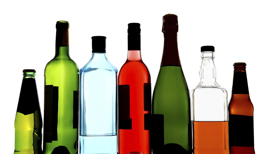 Diferentes botellas de alcohol