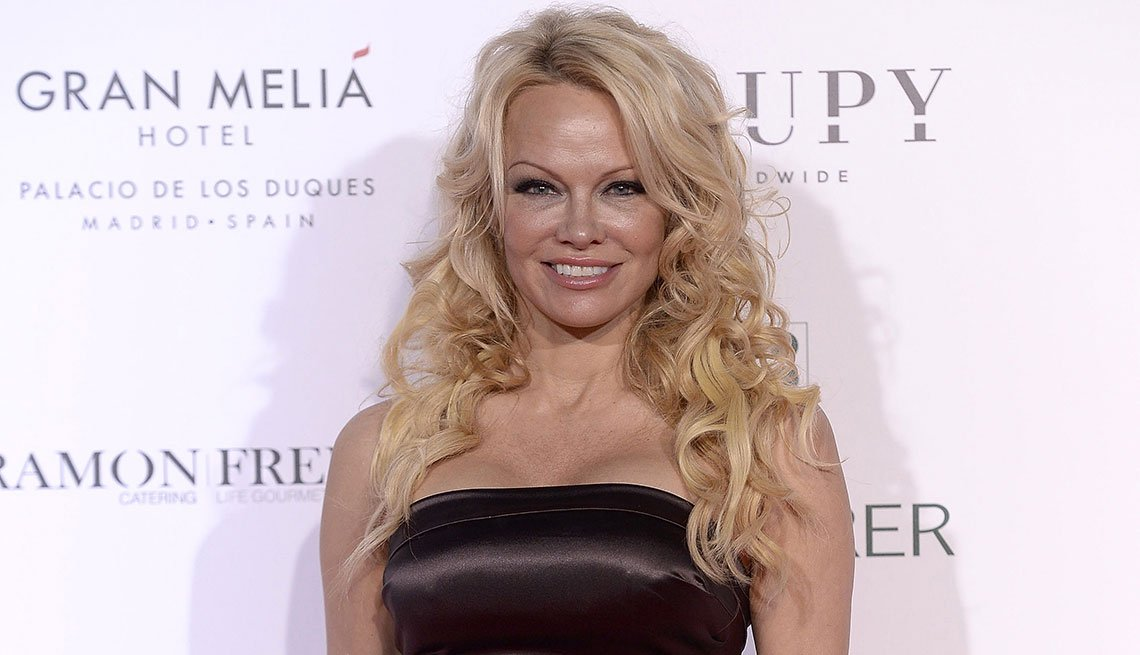 item 6 of Gallery image - Pamela Anderson
