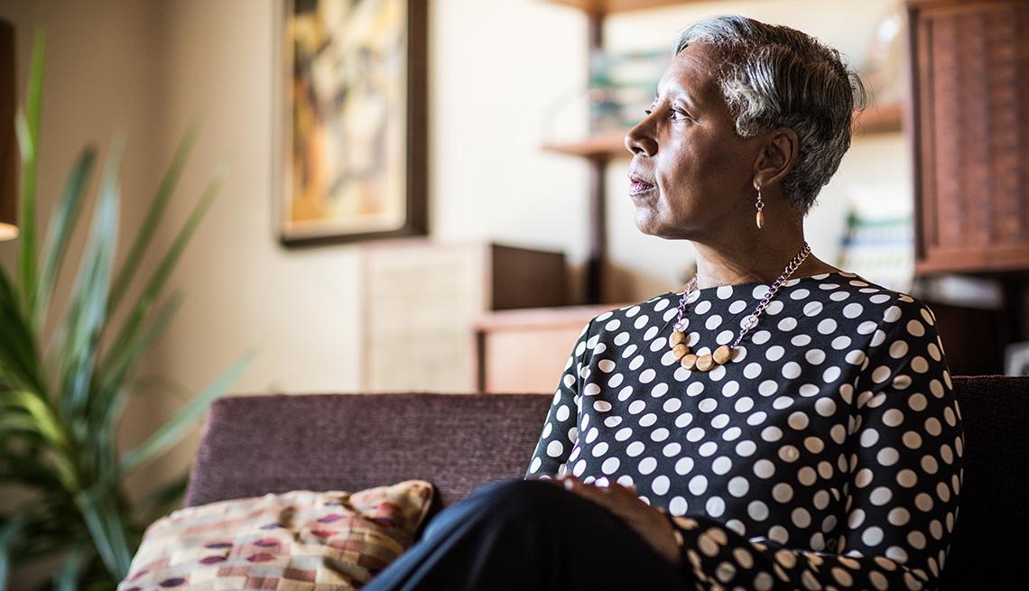 social isolation symptoms prevention treatments