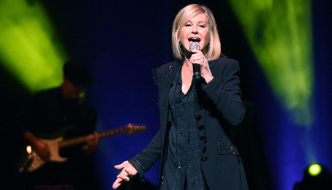 Olivia Newton-John performs at Cobb Energy Centre on April 9, 2017 in Atlanta, Georgia.