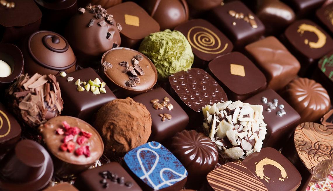 Variedad de chocolates gourmet