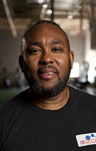 Angelo Keyes, sobreviviente de un ataque al corazón