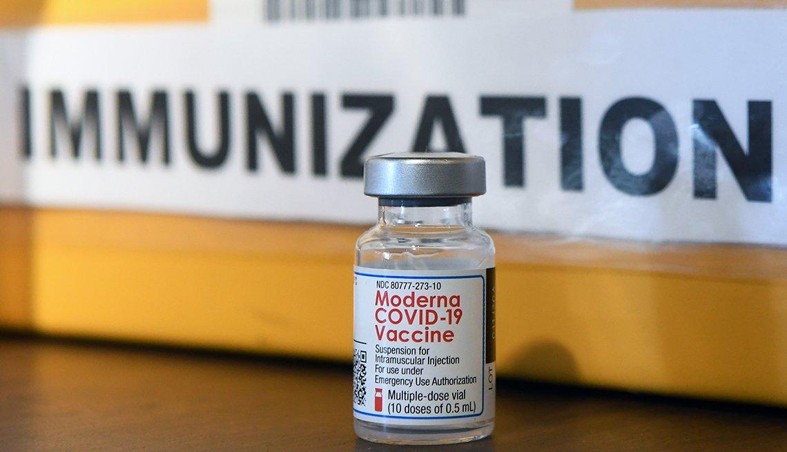A Moderna COVID-19 vaccine vial