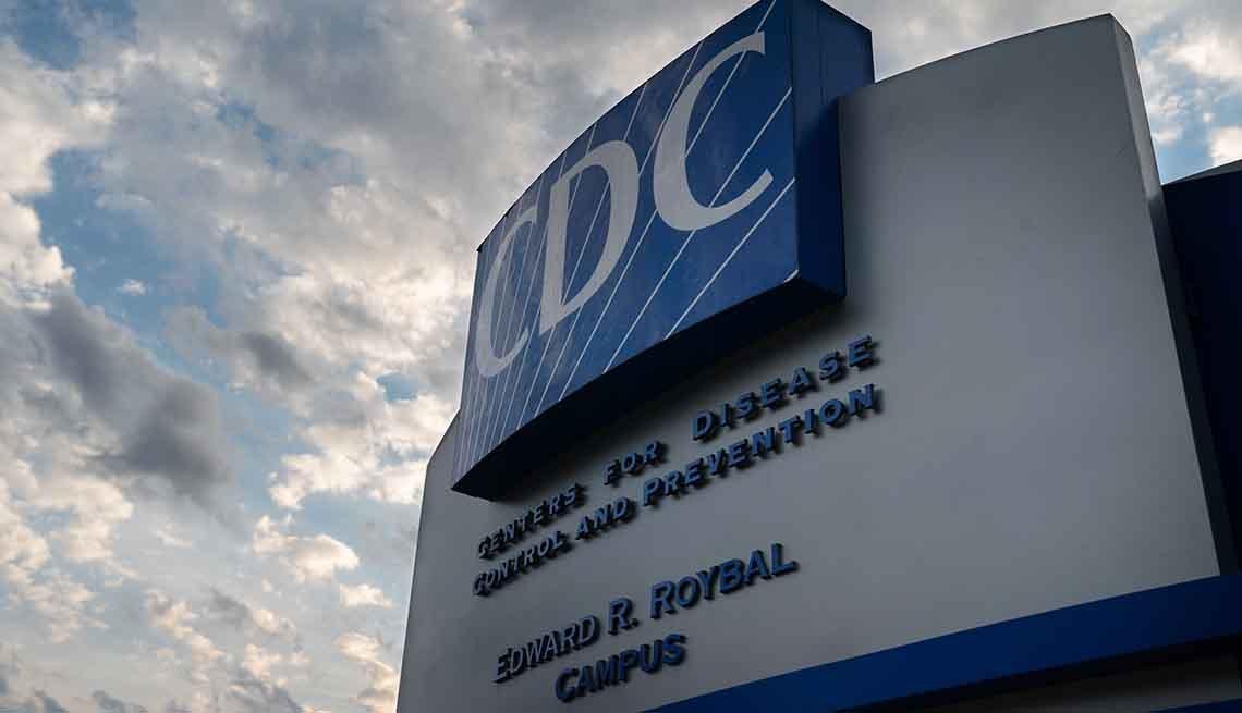 Fachada exterior de los Centros para el Control y la Prevención de Enfermedades en Atlanta, GA