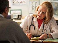 Woman doctor talks to patient, Boutique doctors and concierge medicine