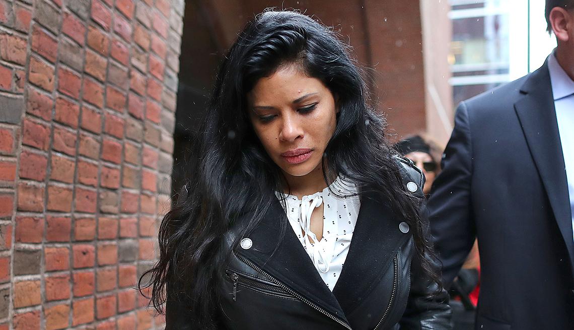 Sunrise Lee leaving a Boston courthouse