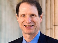 Senator Ron Wyden will take part in an AARP Healthcare roundtable