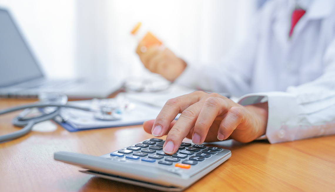 A doctor is calculating cost of drug treatment