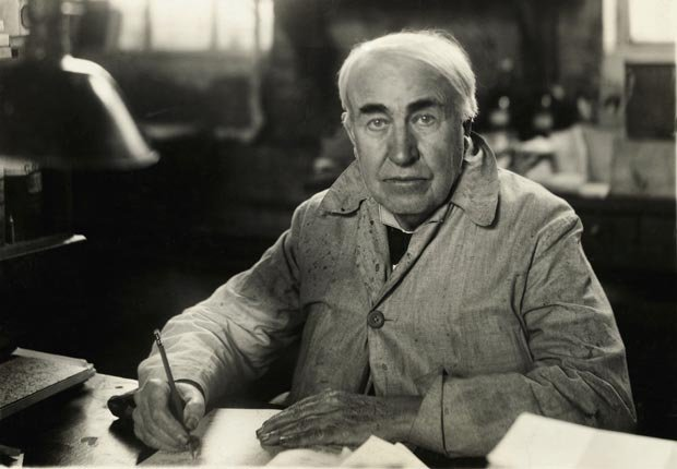 Thomas Alba Edison - celebridades y políticos que podía dormir en cualquier lugar