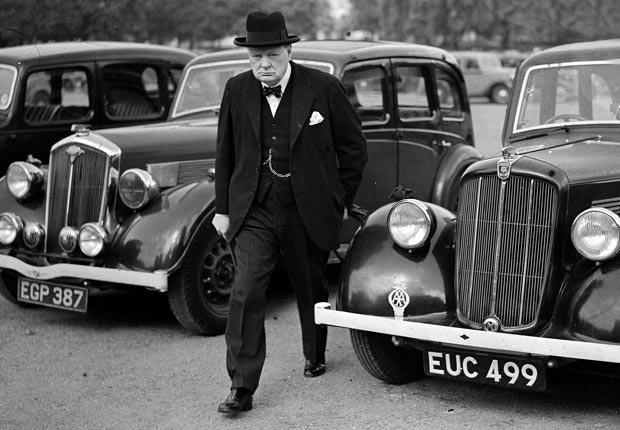Winston Churchill - celebridades y políticos que podía dormir en cualquier lugar