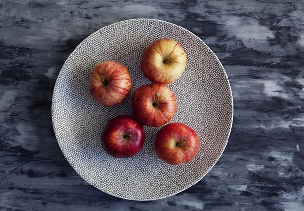 Apples on a plate, 15 Superfoods for the 50+