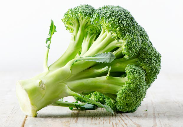 Broccoli, 15 Superfoods for the 50+