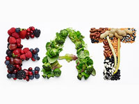 Nueces, bayas, verduras y otros alimentos que ayudan a combatir el cáncer