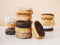 Stack of donuts, health quiz on hidden fats