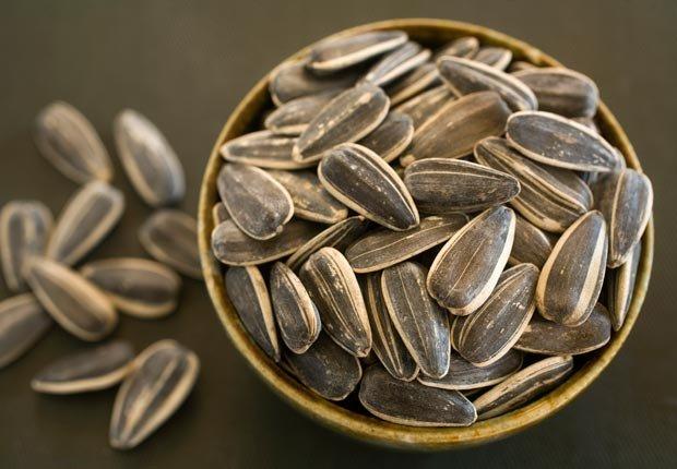 Las semillas enteras de girasol - Alimentos que ayudan a combatir la depresión