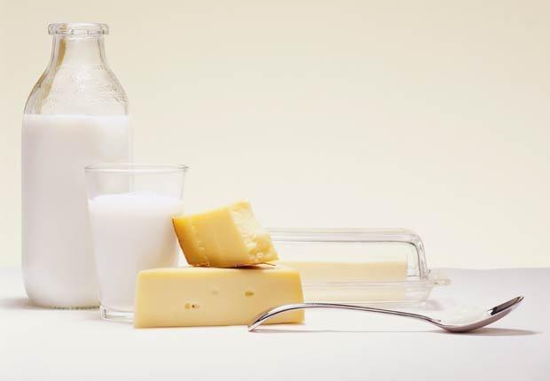 Productos Lácteos - 10 alimentos que pueden agravar la artritis.