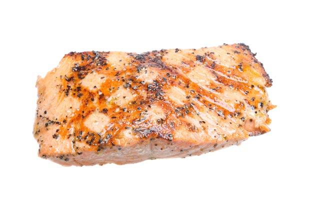 Salmón, super alimentos para combatir la gripe