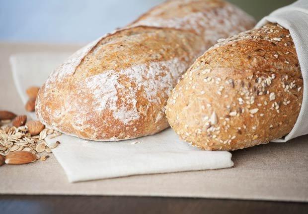 Pan blanco. 10 alimentos que pueden agravar la artritis.