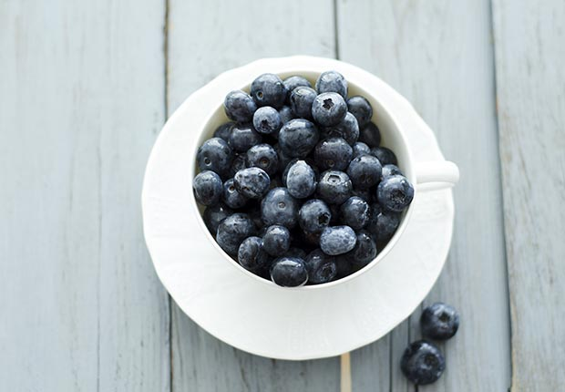 Blueberries, Everyday Foods with Surprising Health Benefits (Doris.H/Westend61/Corbis)