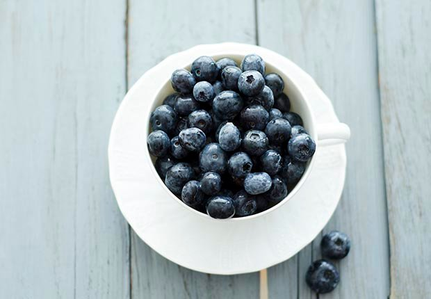 Blueberries, Everyday Foods with Surprising Health Benefits (Doris.H/Westend61/Corbis)