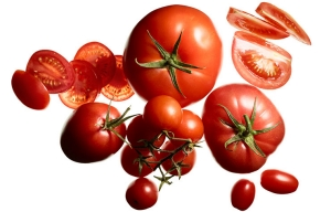Heart healthy foods, fruits, tomatoes.