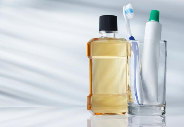 Productos de higiene bucal - Su cepillo de dientes en un semillero para las bacterias?