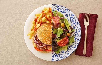 food diet advice conflicting plate salad burger