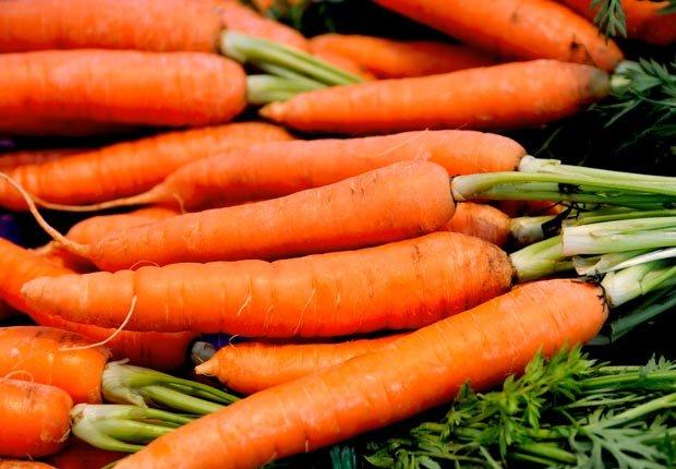 Zanahorias - Alimentos para una piel más joven y saludable.