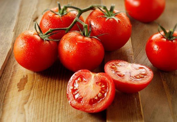 Tomates - Alimentos para una piel más joven y saludable.