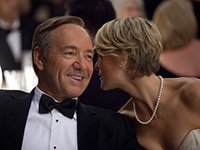 Watching HOUSE OF CARDS, 6 Bad Habits That Are Really Good for You