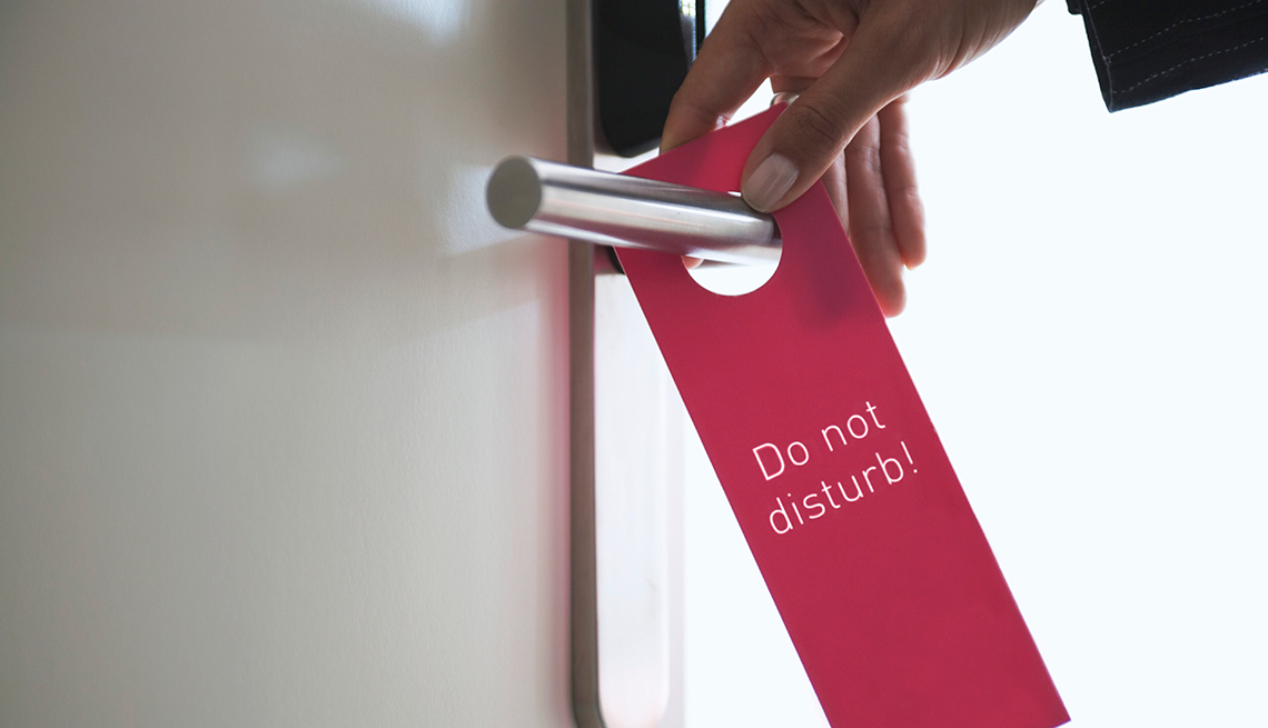 Do Not Disturb sign, Fall Back in Love