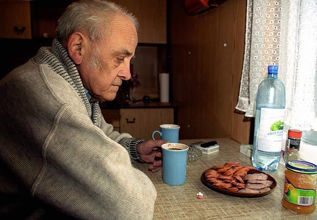 Hombre deprimido - Cómo lograr una buena nutrición