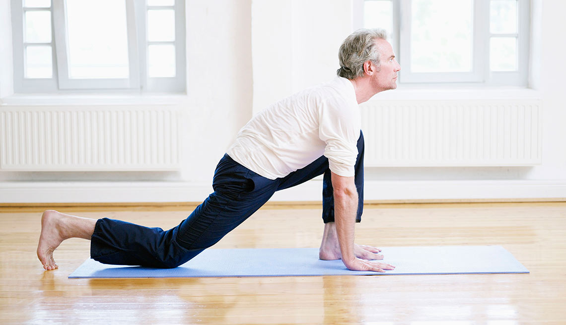Stay Fit Injury Free Stretch Lunges Run