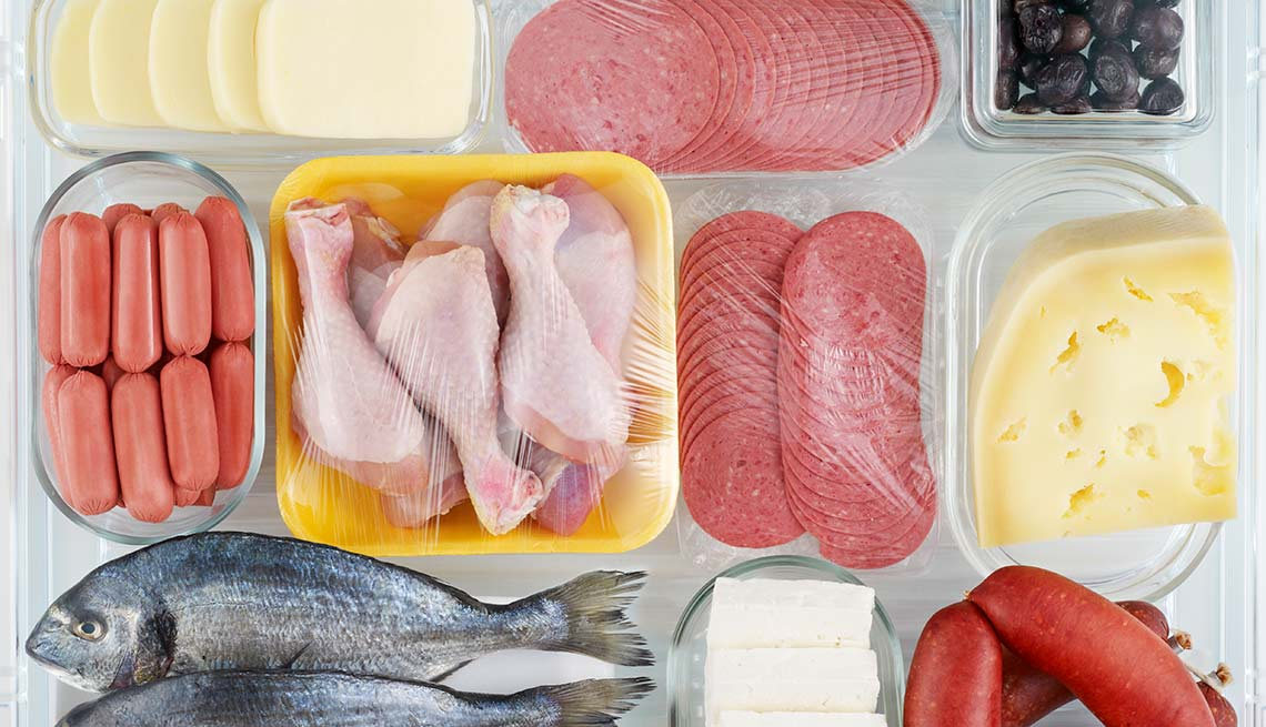 Fotos con diferentes productos ricos en proteína - Síntomas de la falta de carbohidratos en la dieta