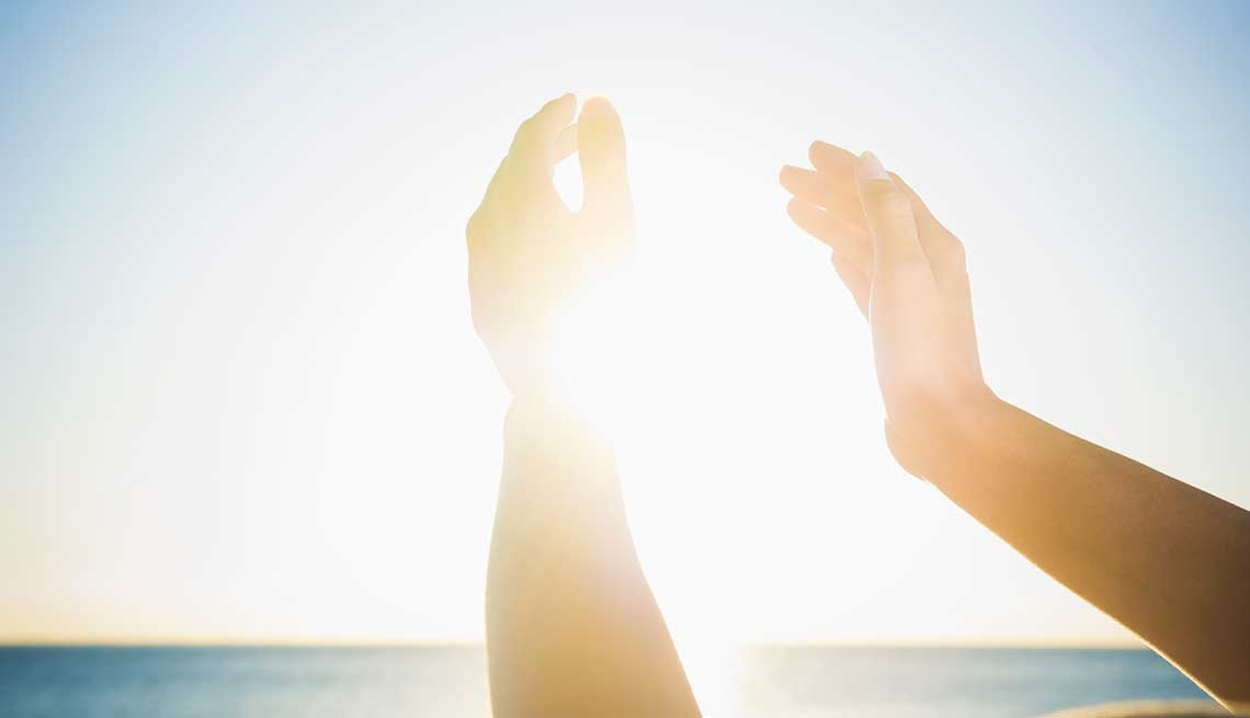 Hands frame the sun, food drug interaction