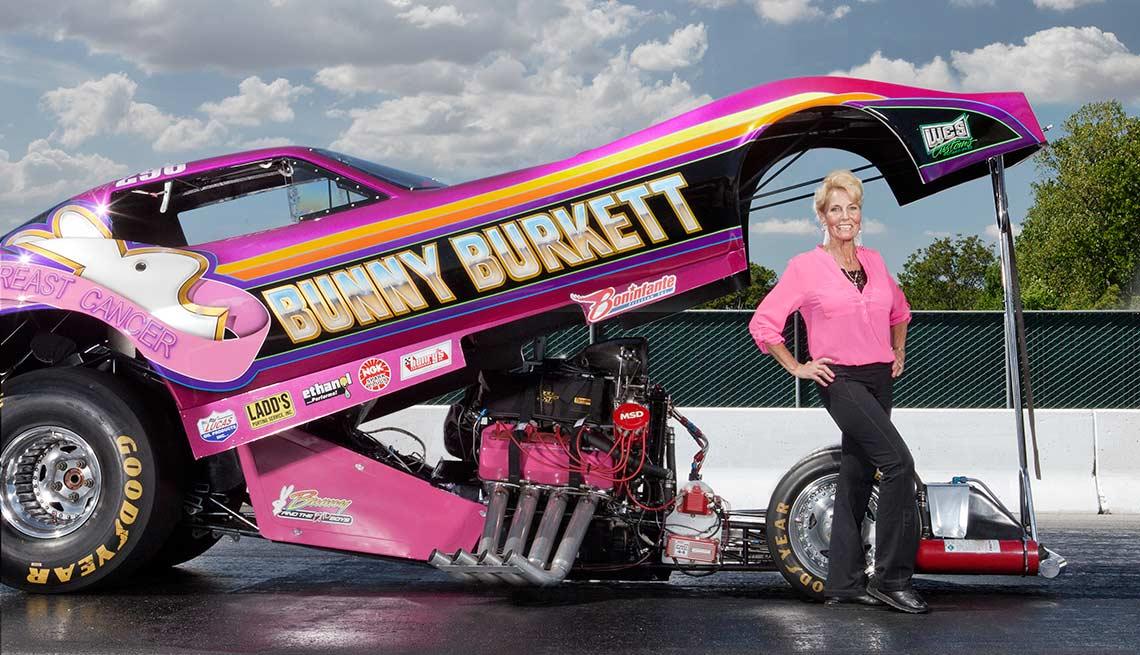 Bunny Burkett, corredora de autos