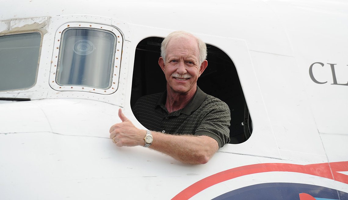 """Chesley """"Sully"""" Sullenberger, piloto"""