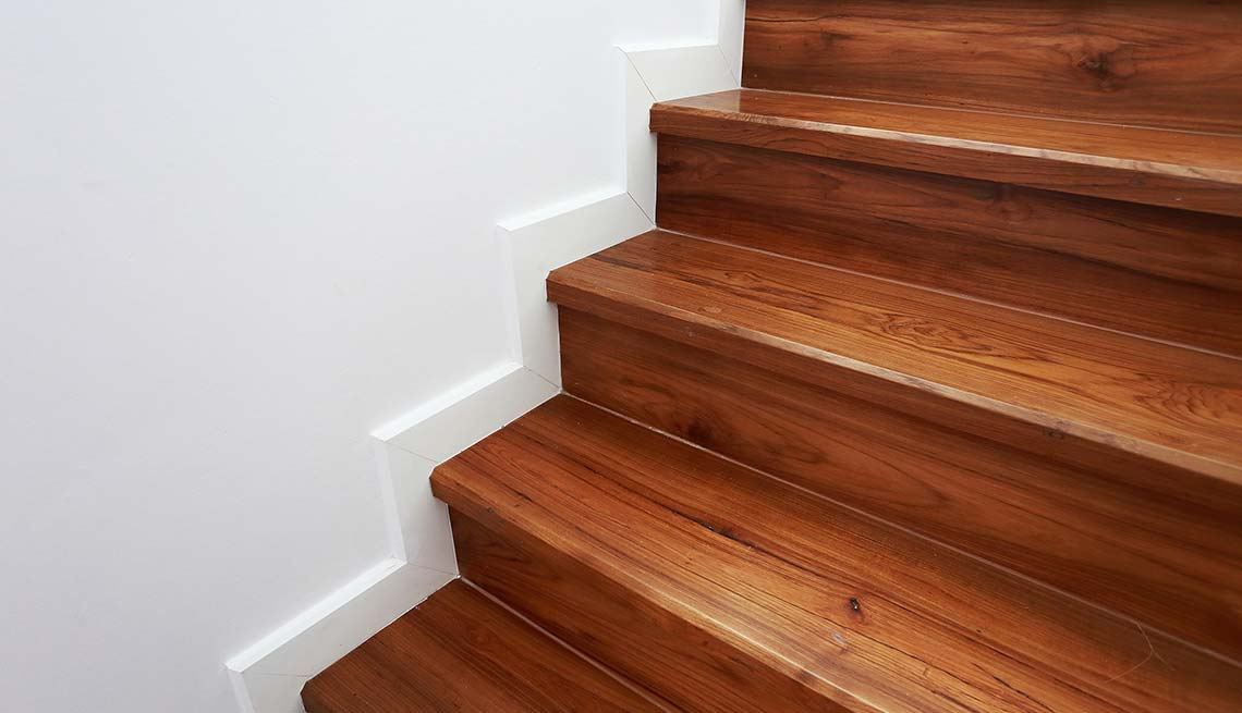 Wooden staircase, Stair push-ups, Cheap Creative Workout, Home Exercise