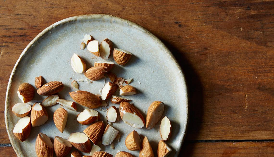 item 4 of Gallery image - Almendras - Alimentos que reducen el estrés