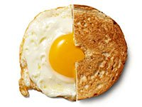 Bagel y huevo