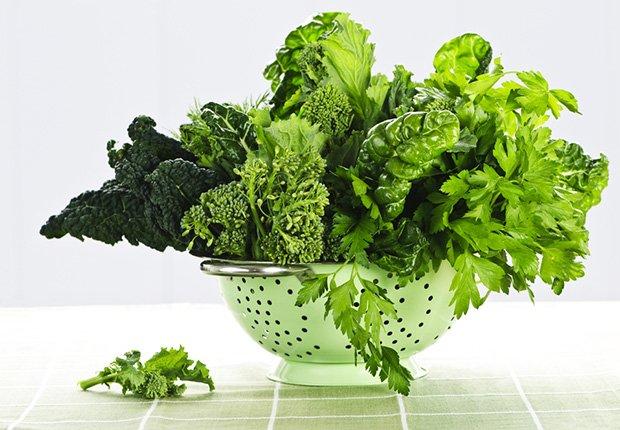 Dark Leafy Greens, Foods That Reduce Stress
