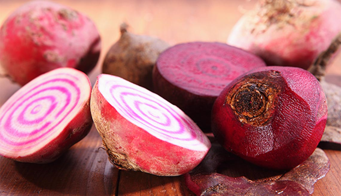 Beneficios increíbles de la remolacha - Remolacha tajada