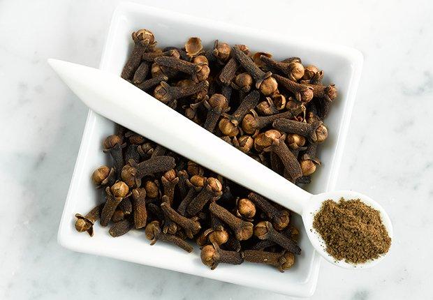 Clavos de especia - Alimentos que alivian