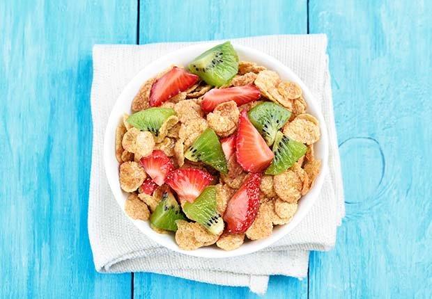 Kiwi, fresas, avena y miel
