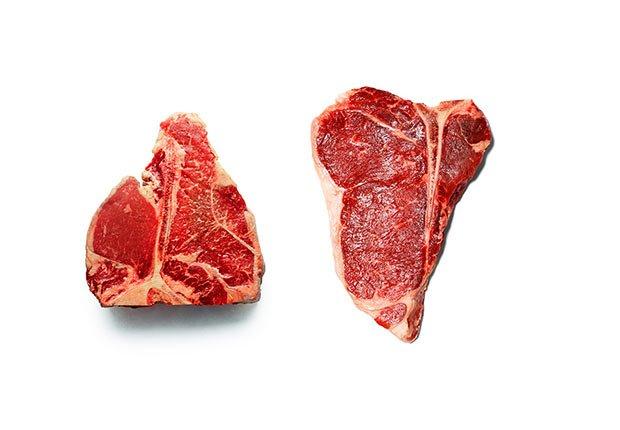 Dos trozos de filete de carne