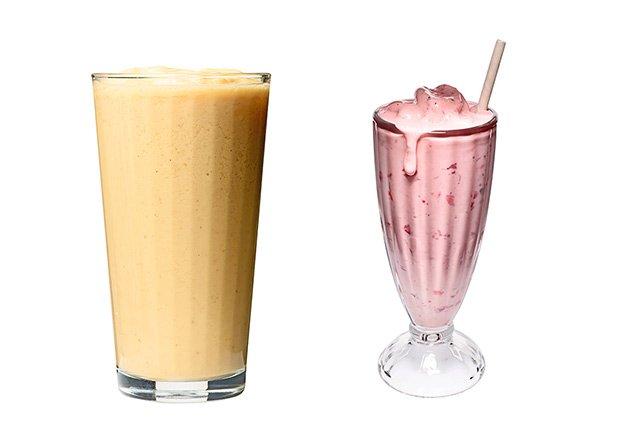 Batida de proteína versus batida de leche y frutas