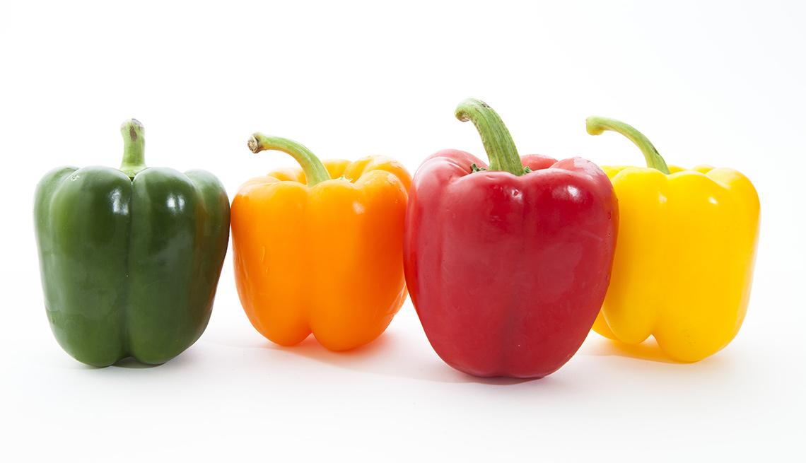 Pimientos de varios colores - Frutas y vegetales que podrían causar alergias