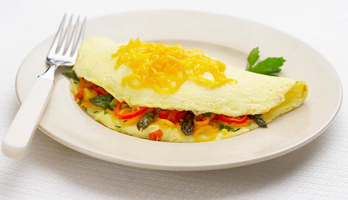 Tortilla con vegetales y queso