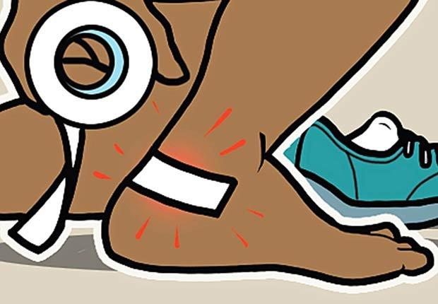 Gráfico - Persona poniéndose cinta adhesiva en el pie