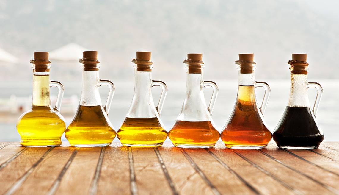 Botellas con diferentes aceites